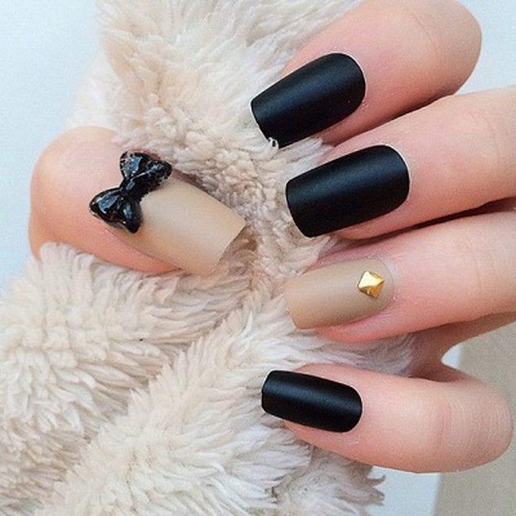 Black Bow Nail Art
