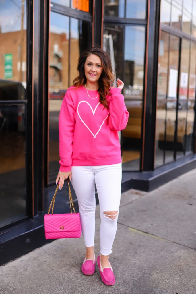Casual Pink Outfit If You Are On A Budget