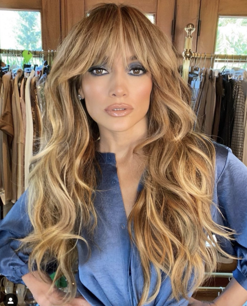 Jennifer Lopez Got Wavy Bangs