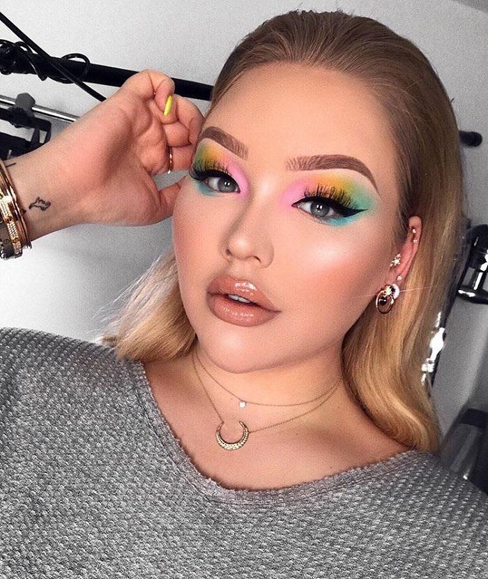 Cloud Eyeshadow Makeup