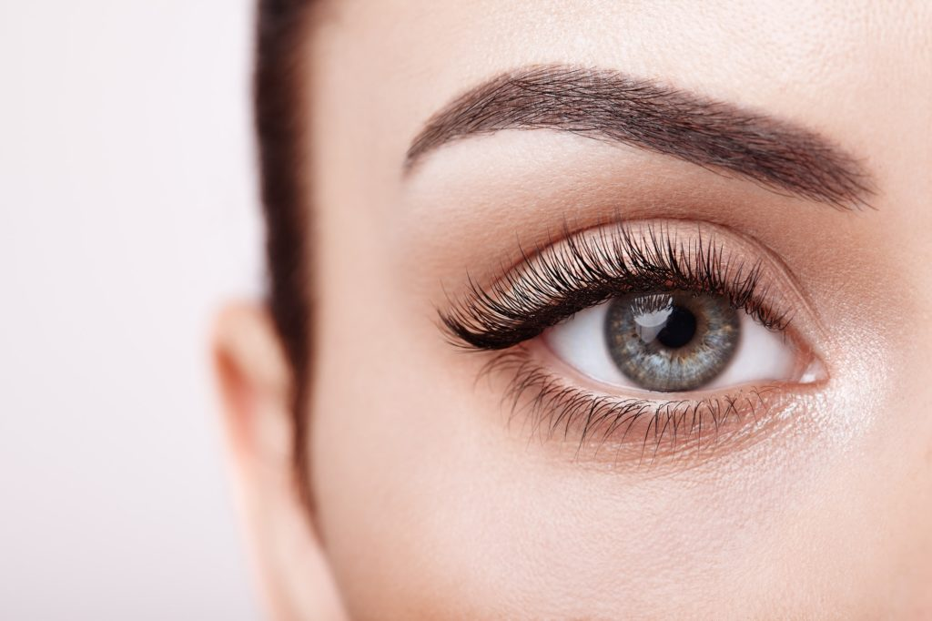 Does Olive Oil Help Eyelashes Grow?