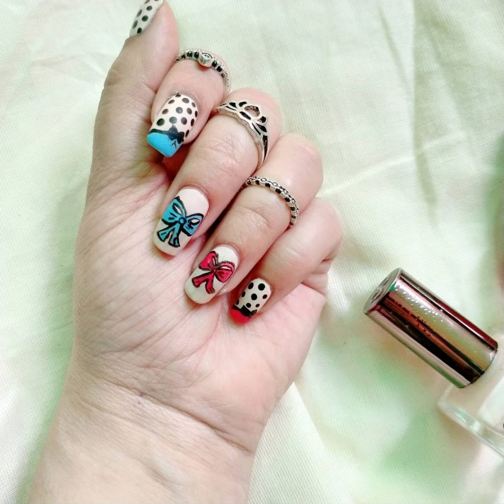 Bow Themed Nail Art