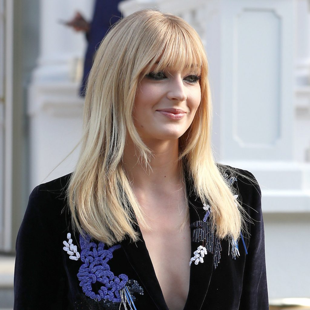 Sophie Turner Baby Bangs Are Worth Trying