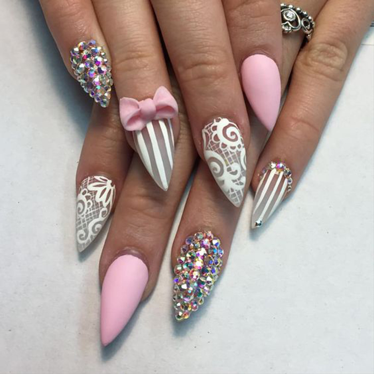 Stilletto Bow Nails
